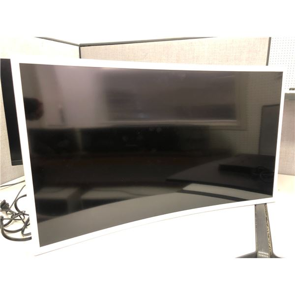 Samsung 32in monitor - good working order (missing base stand)