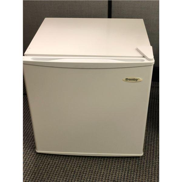 Danby small white bar fridge