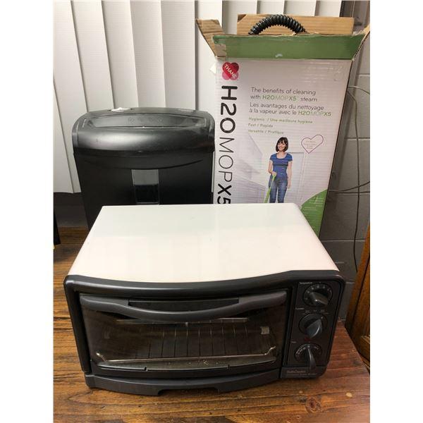 Betty Crocker compact oven/broiler/ Aurora paper shredder & Thane H2O mop