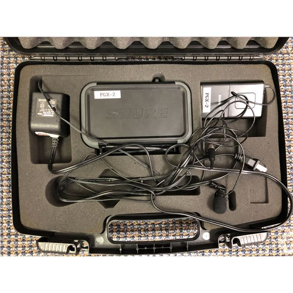 Shure cordless microphone system w/ headset (missing microphone)