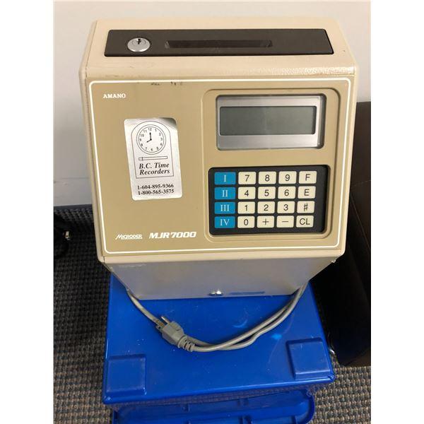 Amano Microder MJR7000 timecard punch machine (no key)