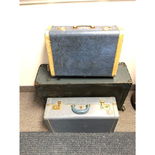 Group of 3 vintage cases