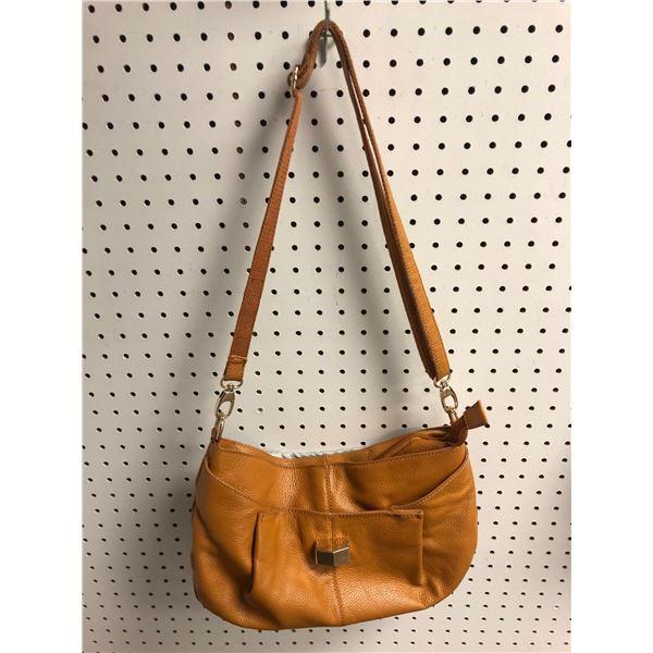 Sam & Kate Park Avenue ladies designer hand bag beige