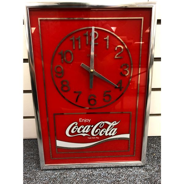 Vintage Enjoy Coca Cola glass face battery powered wall clock