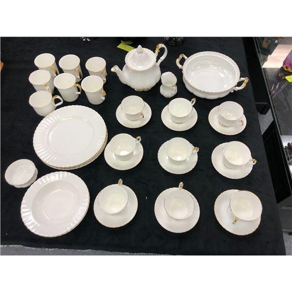 36 pc. set Royal Albert Val D'or dinnerware Bone China