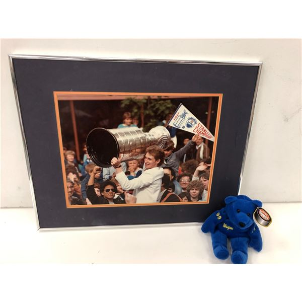 Wayne Gretzky framed Stanley cup print & #99 beanie baby