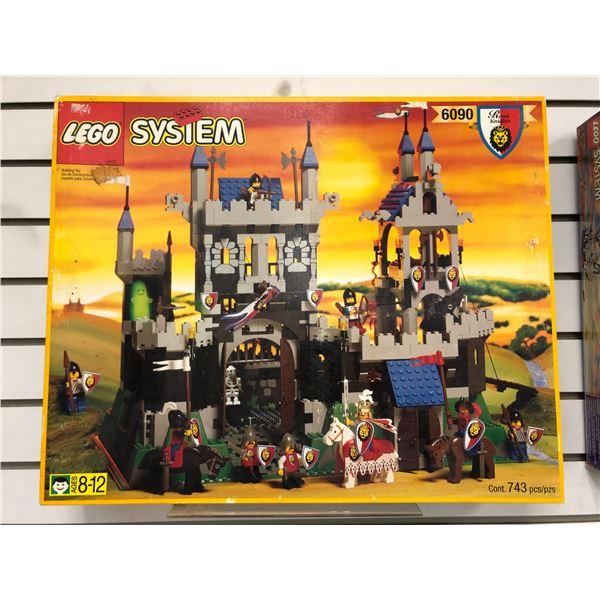 LEGO System 6090 Royal Knights Castle 743 pcs. (NOS)