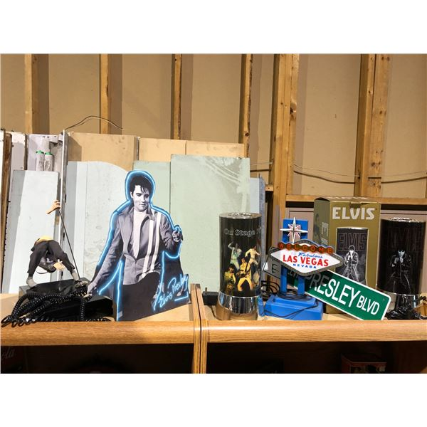 Group of assorted Elvis Presley collectibles - motion lamps/ Las Vegas light/ Elvis 68 Special/ Elvi