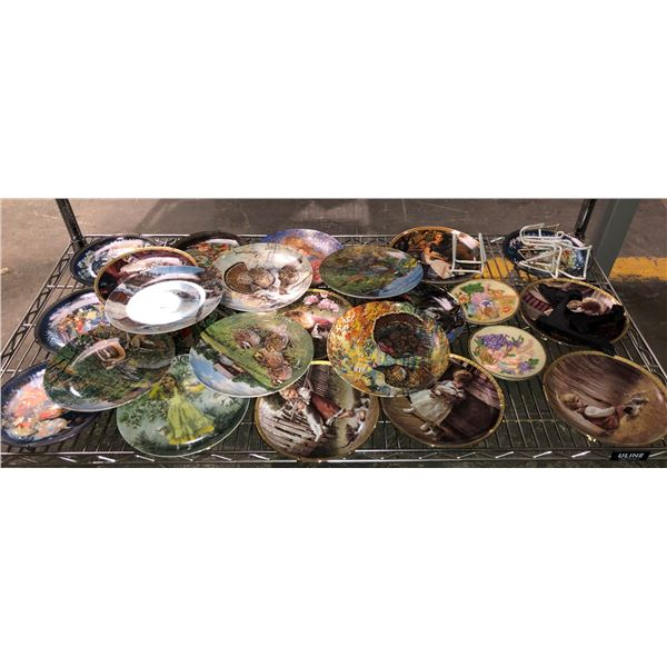 Group of 24 assorted collector's plates