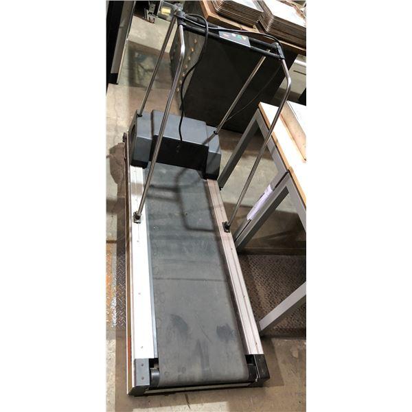 Precor USA 910ei professional electric treadmill - in good working order