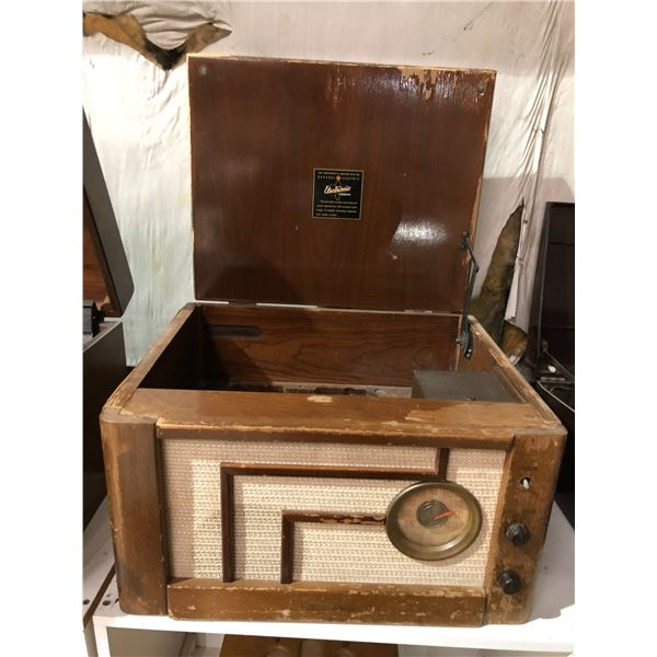 Vintage General Electric electronic producer wooden radio case (missing inside parts - only case)
