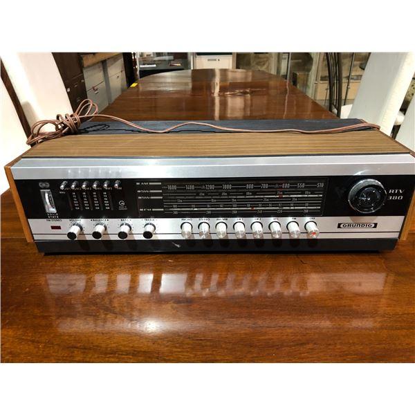 Vintage Grundig RTV380 home stereo