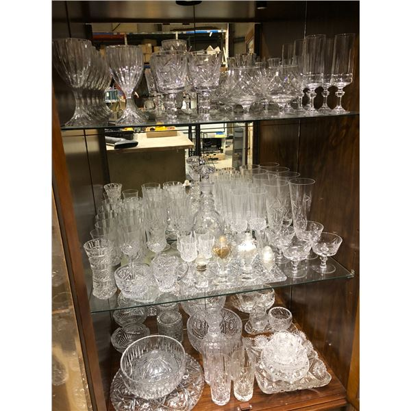 Approx. 95 pcs. of assorted crystal - stemware glasses/ bowls/ trays etc.