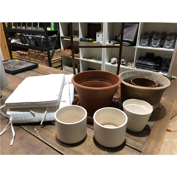 Group of misc. items - assorted planters/ wooden valet stand & white lawn lounger cushion