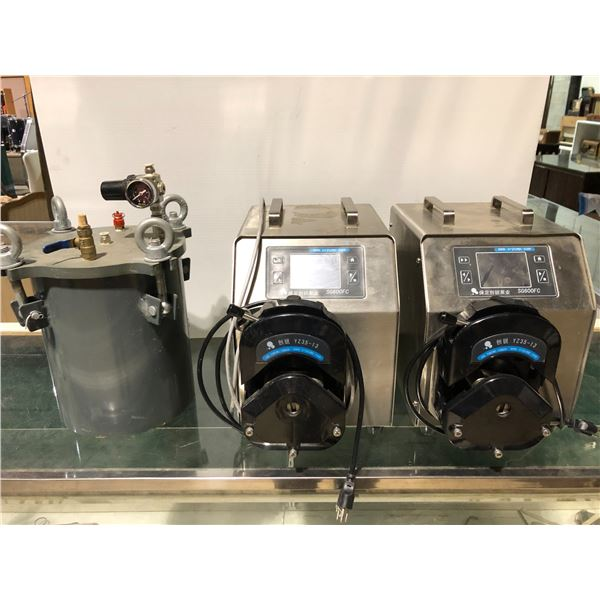 Lot of 3 medical equipment items - 2 CR Pumps SG600FC & 1 cylinder BLCH
