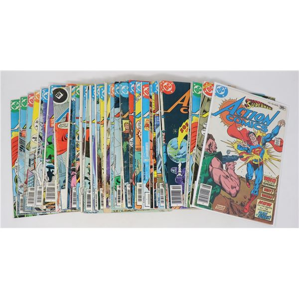 BOX WITH 36 DC SUPERMANS ACTION HEROS