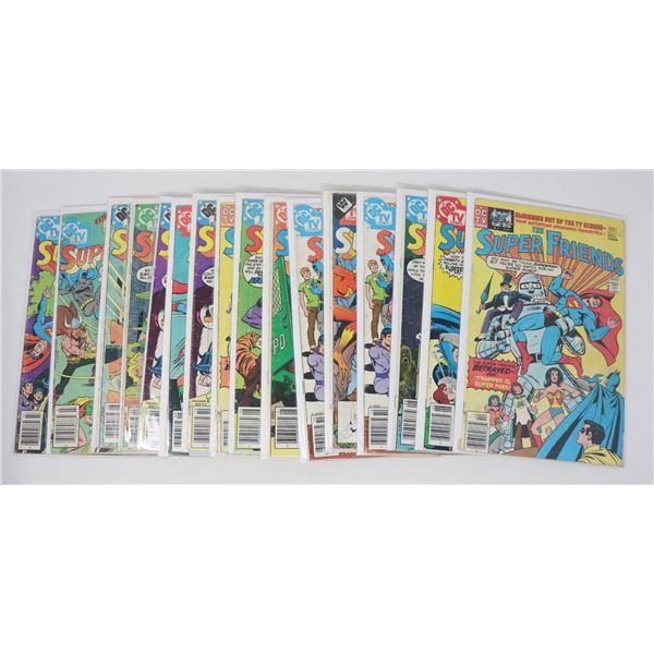 LOT WITH 16 DC THE SUPER FRIENDS COMICS