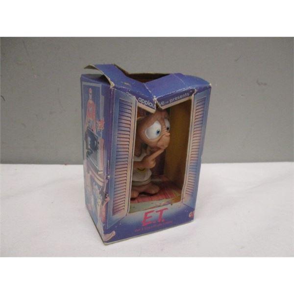 1988 E.T. The Extra Terrestrial Figurine In Box