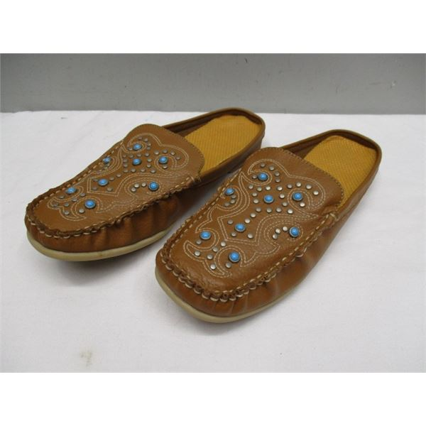 Women's Studded Leather Mule Shoes Size 8