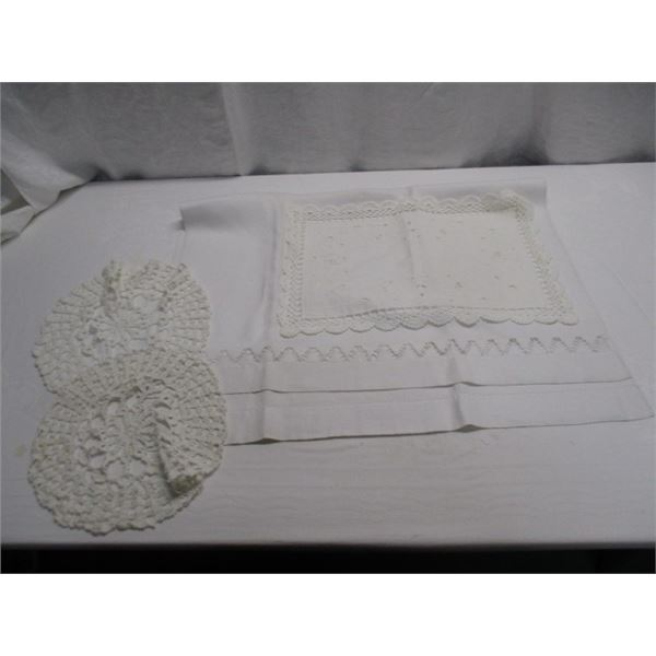 Tablecloth And More Lot
