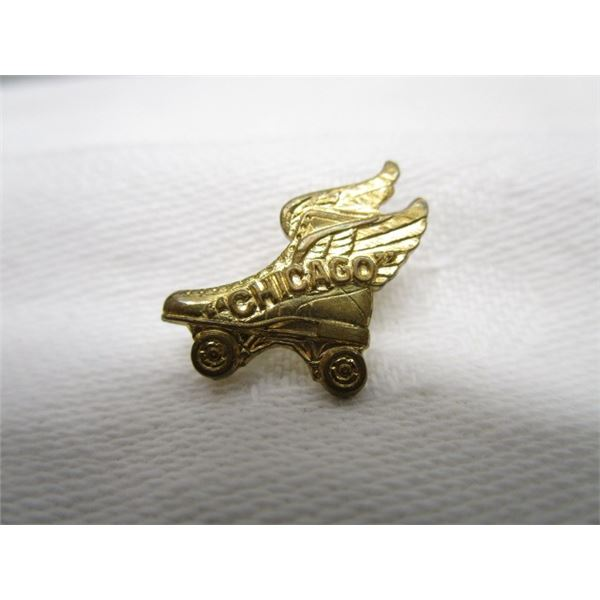 Winged Chicaco Rolling Skate Pin