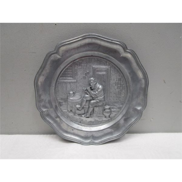 """9"""" Pewter Plate Wall Art"""