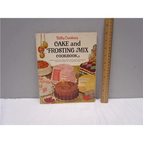 BOOK Betty's Crocker's Cake & Frosting Mix