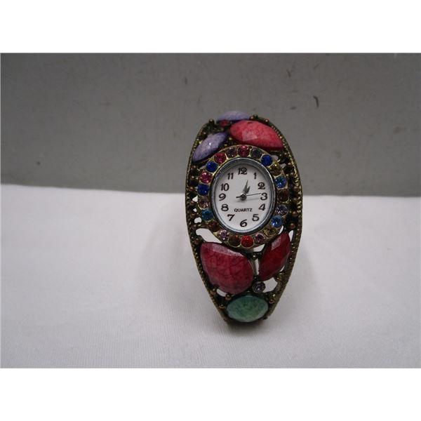Stunning Bracelet Fashioin  Watch
