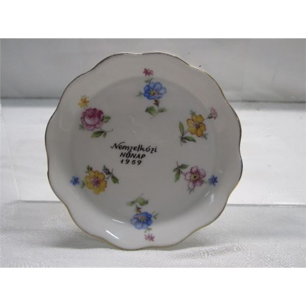 """1969 3"""" Small Dish Made in Budapest"""