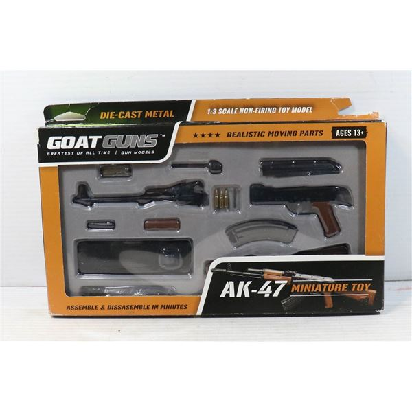 NEW DIE-CAST METAL AK-47 MINIATURE TOY