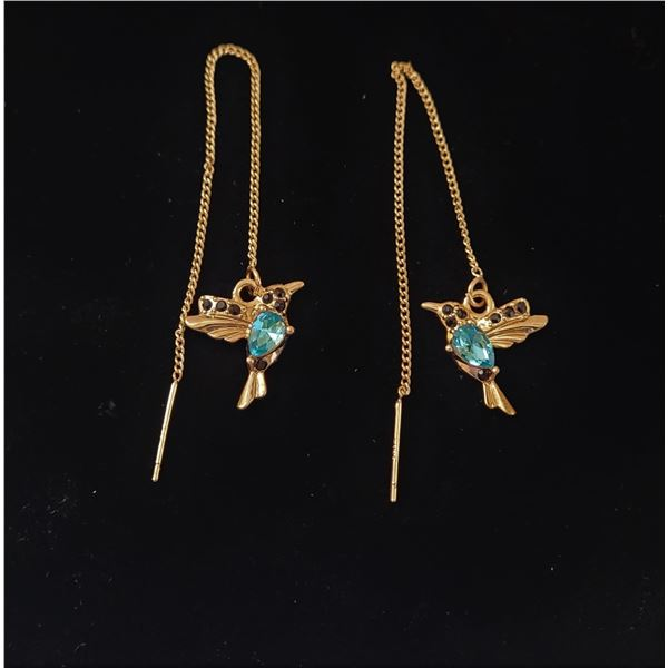 10) GOLD TONE WITH BLUE CRYSTAL HUMMING-