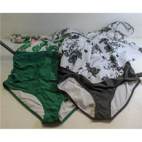 PAIR OF NEW LADIES SUMMER SUITS SIZE XL