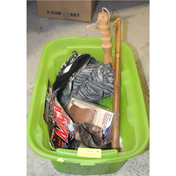 GREEN TOTE FULL OF HUNTING ACCESSORIES LOTS&LOTS