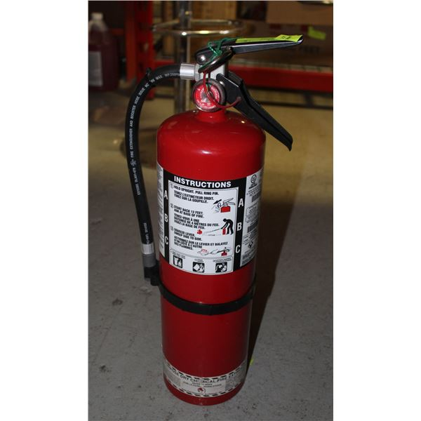 10LBS CHARGED FIRE EXTINGUISHER