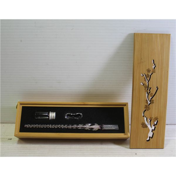 GLASS CALIGRAPHY PEN IN BAMBOO CASE