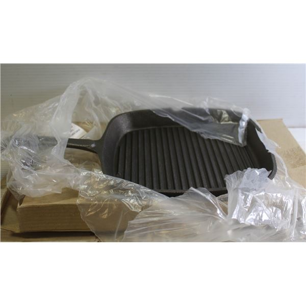 """NEW 9"""" X 9"""" SQUARE CAST IRON GRIDDLE"""