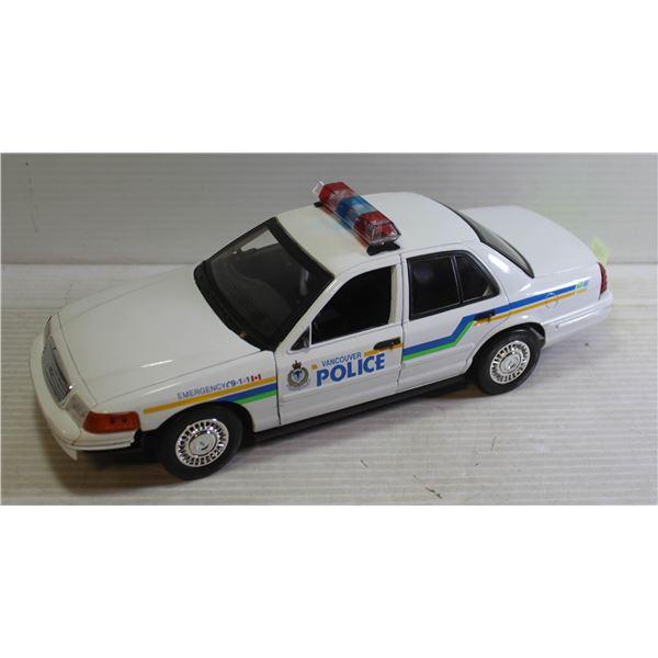 1:18 VANCOUVER POLICE CROWN VICTORIA INTERCEPTOR
