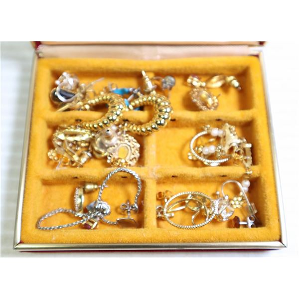 JEWELRY BOX WITH LARGE SELECTION OF MIXED EARRINGS