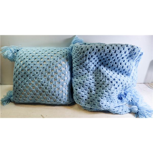 KNITTED BABY BLANKET & PILLOW