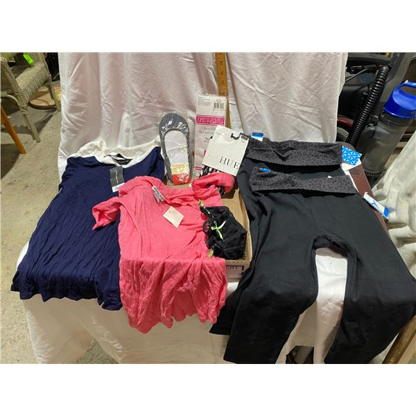 2x legging NWT s and xs 2 shirts and other collectibles tens