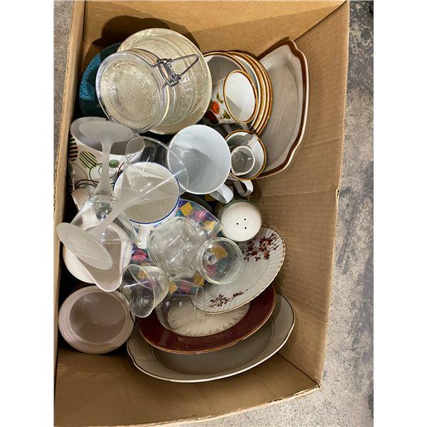 Assorted dishware