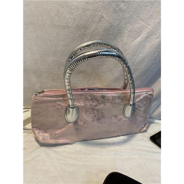 Handbag insulated