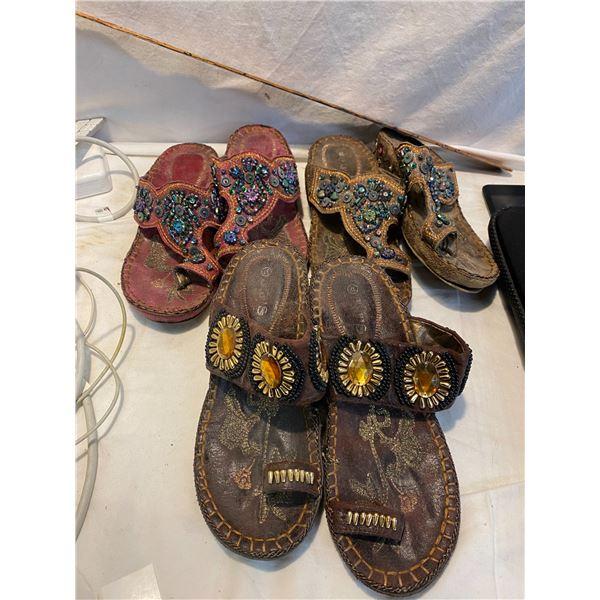 3 pairs sandles size 7