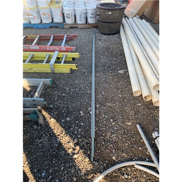 LOT OF REDDIE ROD AND ANGLE
