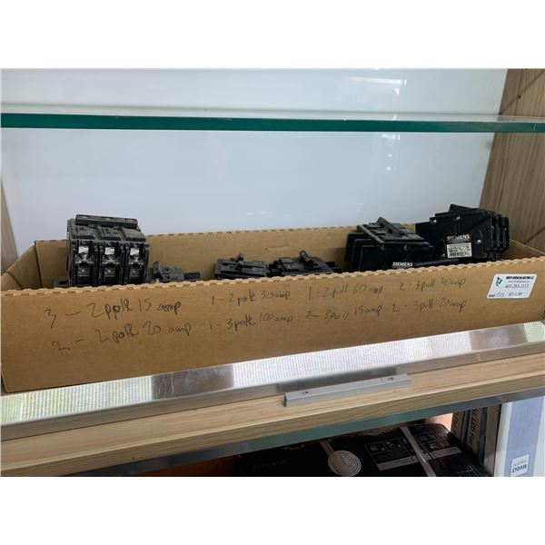 BOX OF SIEMENS BREAKERS SEE PICTURE FOR DETAILS