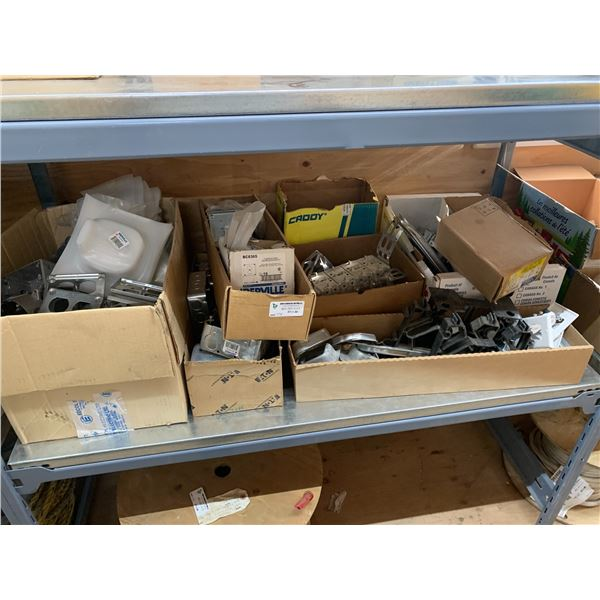 SHELF OF RECEPTACLES / SURFACE COVERS / BOXES ETC