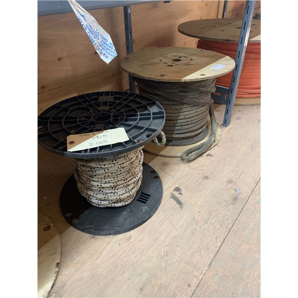 TWO SPOOLS PULLING ROPE