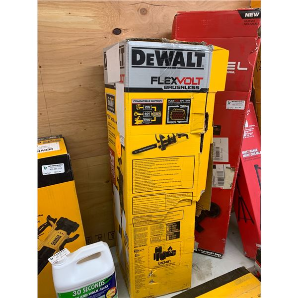 NEW DEWALT 16 INCH CHAINSAW DCCS670X1 WITH CHARGER ONLY