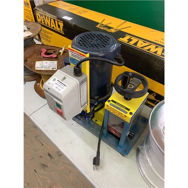 RACK-A-TIERS CWS-2 POWERED WIRE STRIPPER