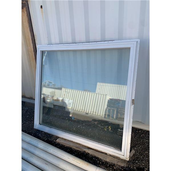 WINDOW ROUGH OPENING 70 X 63 SOLID WINDOW